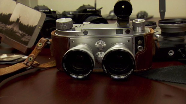 A stereo camera is used to capture 3-D pictures.