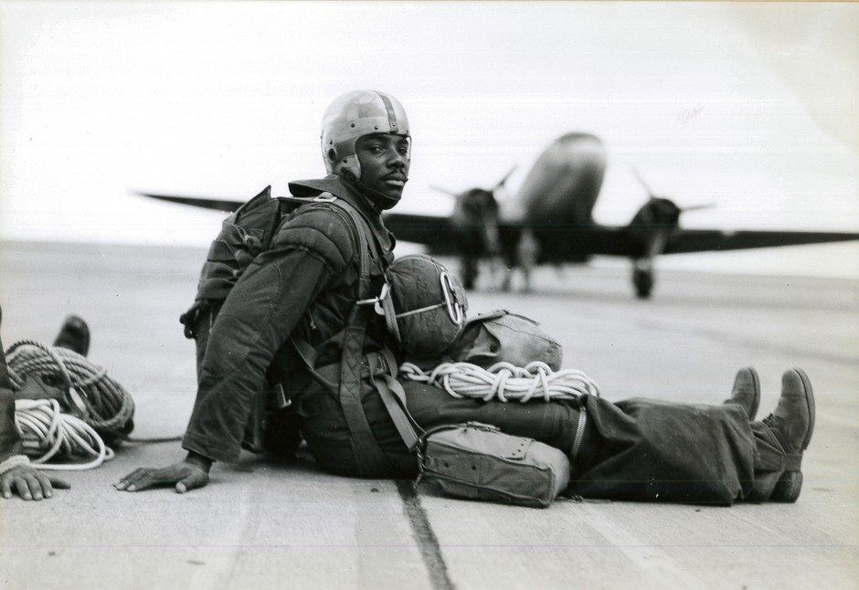 A trooper in full gear waits for the order to board ship at Pendleton Army Airfield in summer 1945.