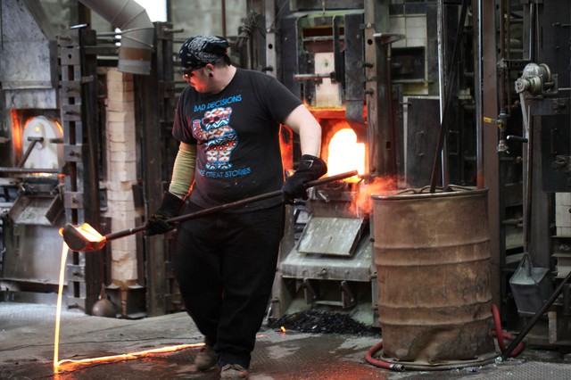 Bullseye Glass makes artistic and architectural colored glass in Southeast Portland.