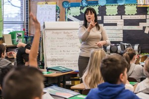 Russian Immersion teacher Olessia Bordioug leads her Kelly Elementary class through a Russian lesson.