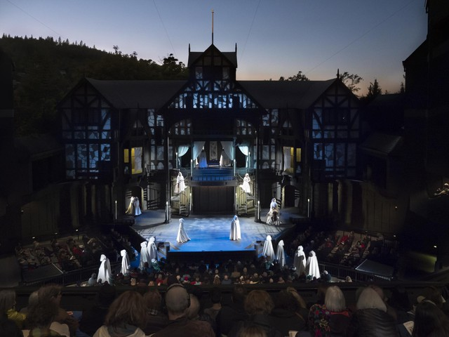 """A scene from the Oregon Shakespeare Festival's 2018 production of """"Romeo and Juliet"""" in its outdoor Elizabethan Theatre."""