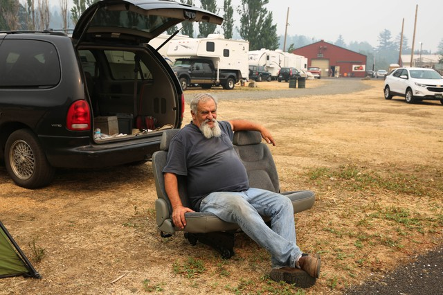 "Robert Loomis moved to Cascade Locks not even a month ago from Hood River. Last weekend, was forced to leave his apartment. ""Just my luck. I'm there for a month and they evacuate us,"" he said."