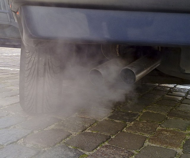 Personal vehicles are big contributors to transportation emissions in Oregon. Greenhouse gas emissions from passenger vehicles have declined in recent years.