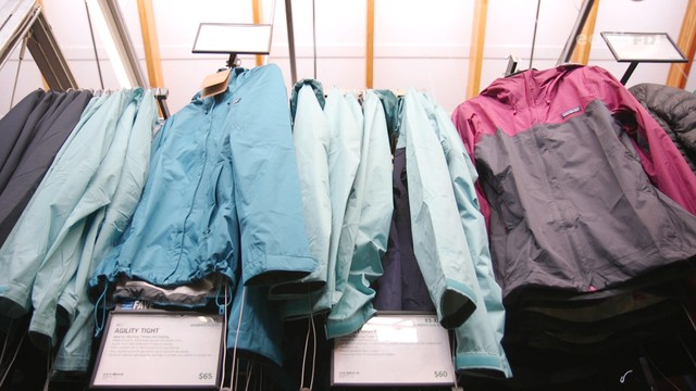 Synthetic clothing may be releasing hundreds of thousands of microplastics into the ocean via home laundering.