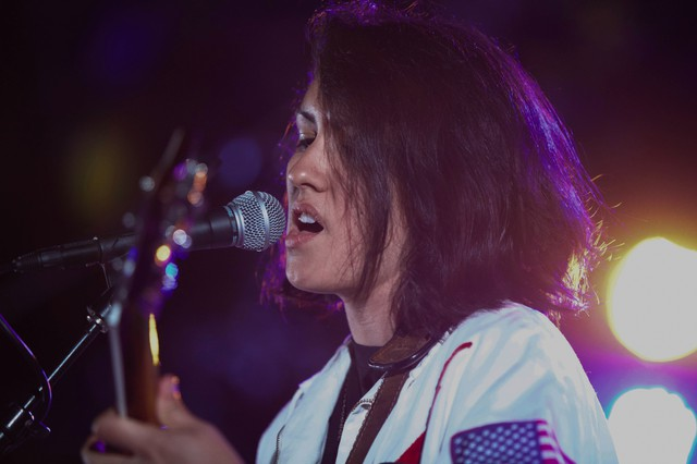 La Luz jumped out of the gates with their Pickathon 2016 performance before lulling the crowd through the set's finish.