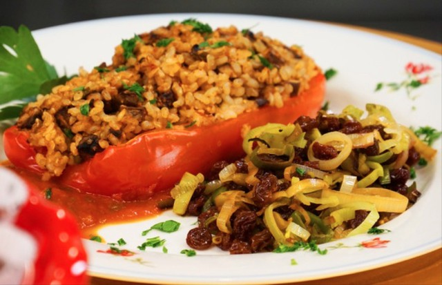 Stuffed Red Pepper Boats and Leeks with Raisins make for a festive Valentine's Day feast.