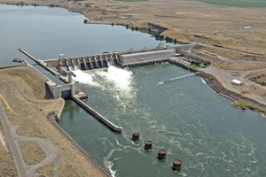 The Ice Harbor Dam on the Snake River.