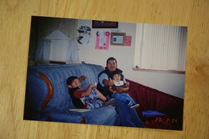 Roman Zaragoza-Sanchez with two of his children. Zaragoza-Sanchez was arrested by ICE on Feb. 14, 2017, on the basis of a 1994 deportation order.