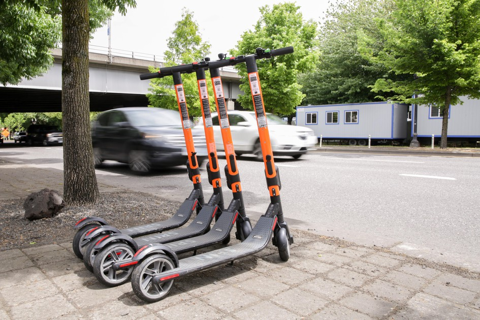 E Scooters Return To Portland Despite Concern Over Accessibility