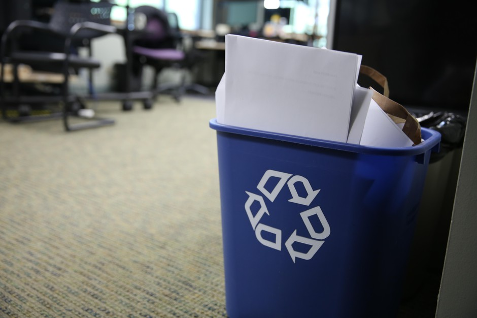 A mixed recycling container.