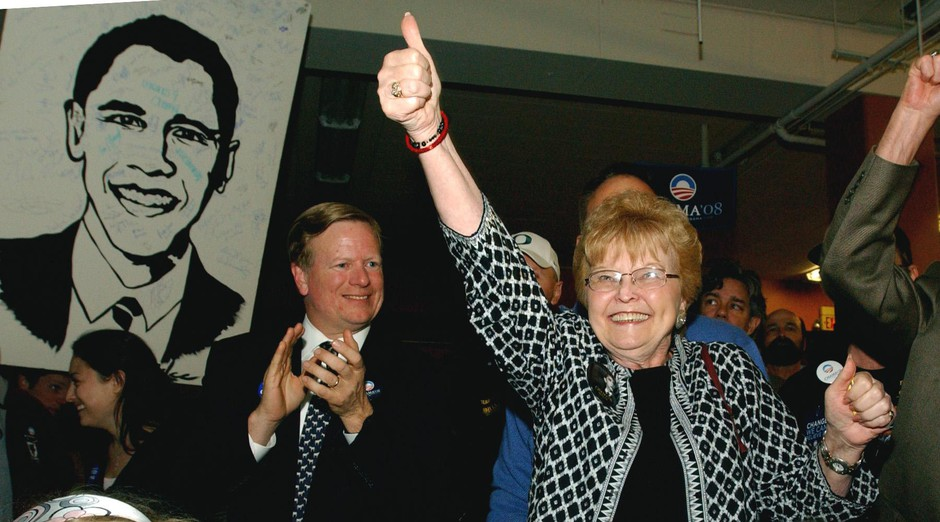 Then Oregon Treasurer Randall Edwards, left, and former Gov. Barbara Roberts at a primary election party in 2008.