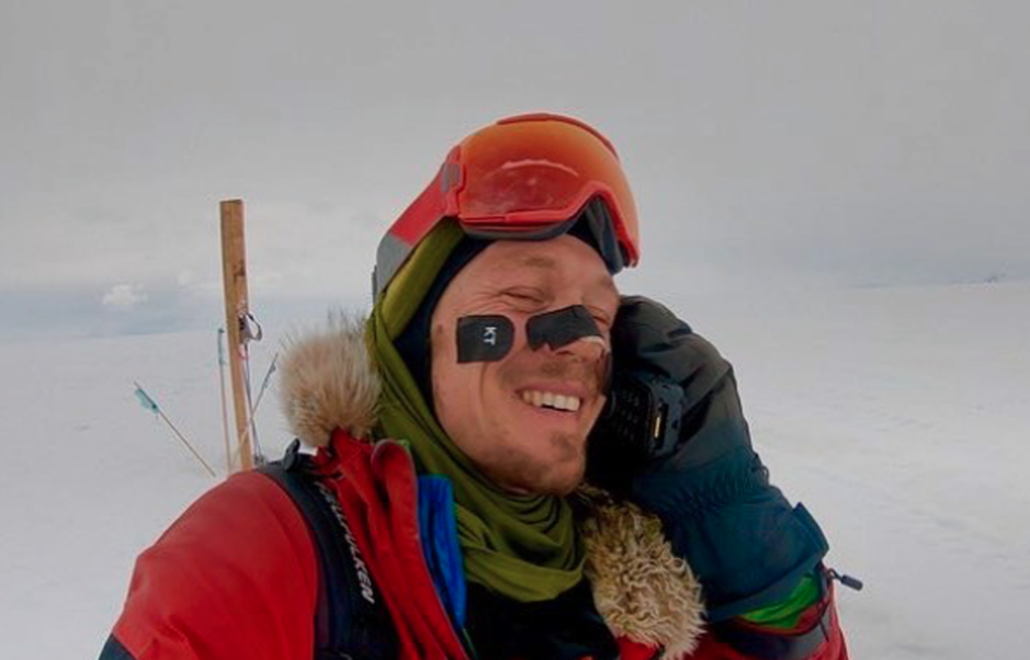 In December 2018, Colin O'Bradyclaimed to be the first person to successfully traverse Antarctica from coast-to-coast alone and without wind assistance. He documented much of the feat on his social media.