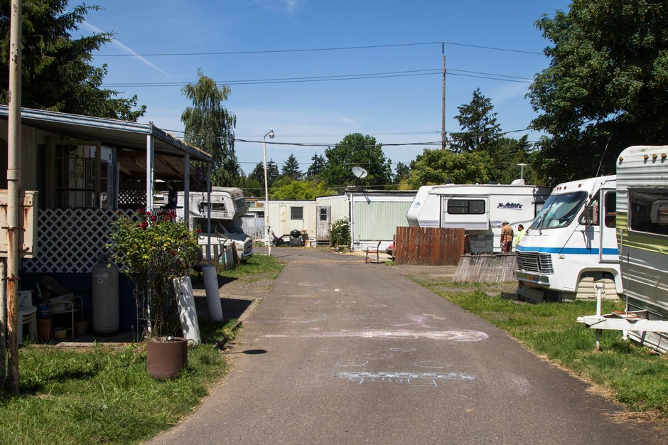 How Portland's Oak Leaf Mobile Home Park Organized To Save